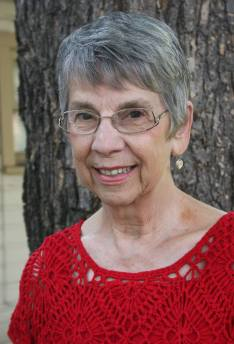 Author & Writer Ellie Pulikonda